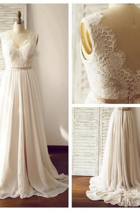 Discount Lace Wedding Dress,Summer Beach Bridal Dress,Simple V-back Lace Wedding Gown